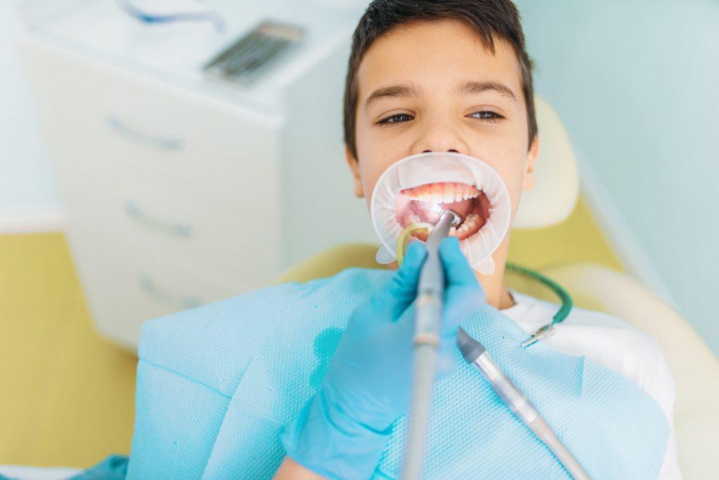 Caries removal procedure, pediatric dentistry